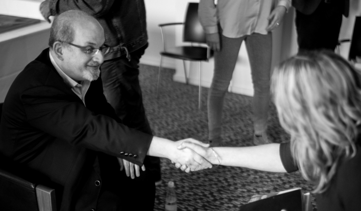 Salman Rushdie and journalist Signe Ryge.