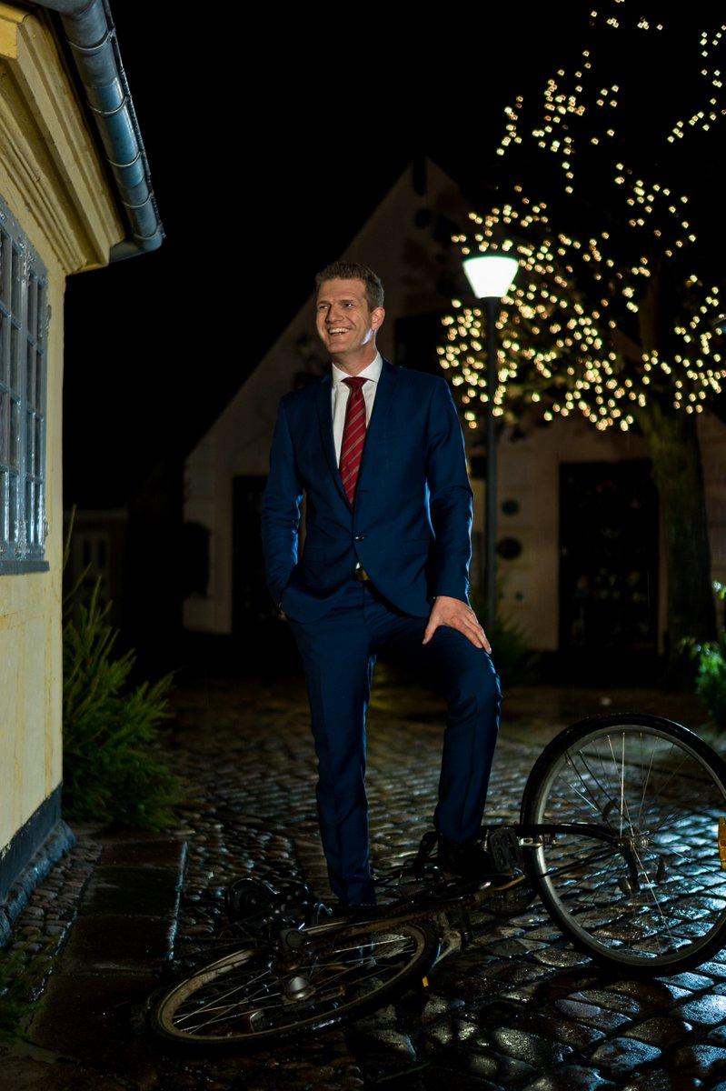 Vært / Presenter Frederik Roland, TV2/Fyn.